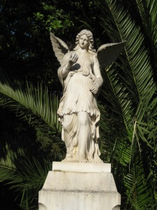 Angel Statue, close to Athens National Garden. / Melek Heykeli, Athens National Garden. - 2011
