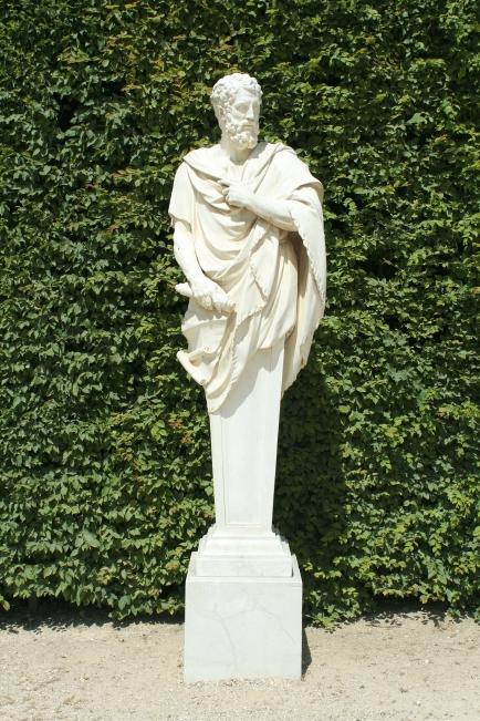 Parc_de_Versailles,_Rond-Point_des_Philosophes,_Apollonius,_Barthélemy_de_Mélo_inv1850n°9449_01.jpg